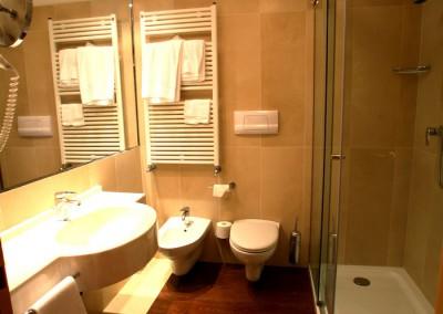 camera-superior-hotel-vicino-milano-4