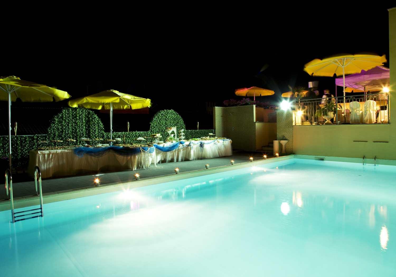 Hotel 4 stelle milano con piscina - Condominio con piscina milano ...