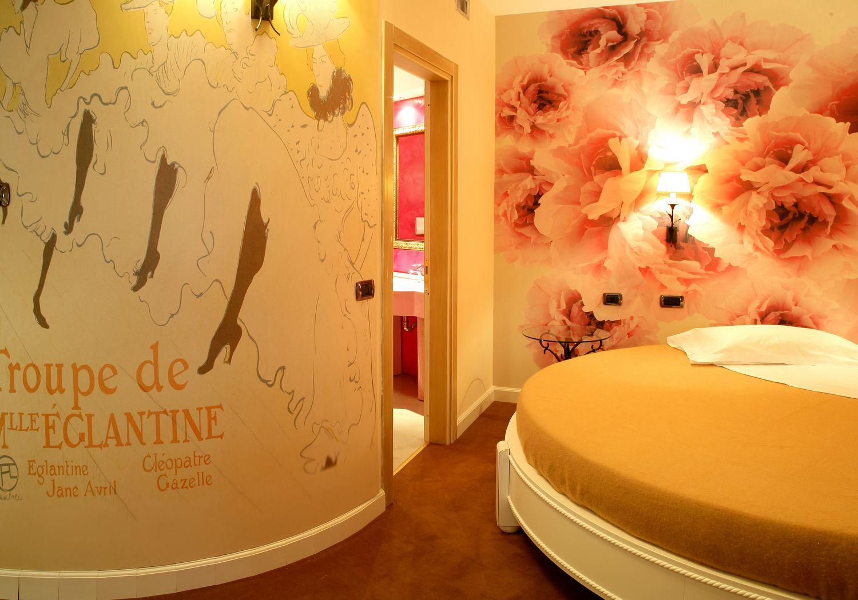 Vasca Da Bagno Romantica Con Candele : Suite con vasca idromassaggio in camera milano