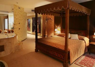 Idee san valentino milano - Idromassaggio in camera da letto bari ...