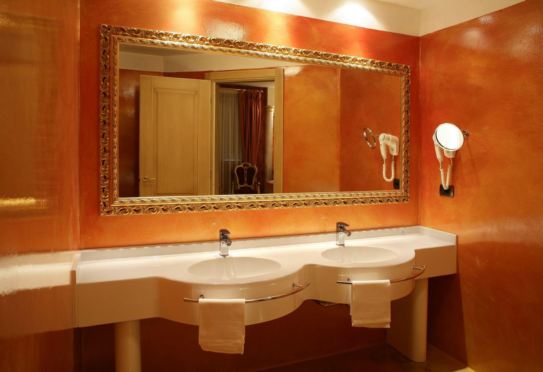 Regalo per i 18 anni day use milano hotel il castelletto - Bagno imperiale ...