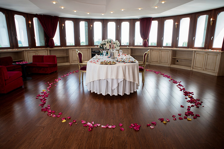 Vasca Da Bagno Romantica Con Candele : Offerte hotel portici u romantik wellness a riva del garda