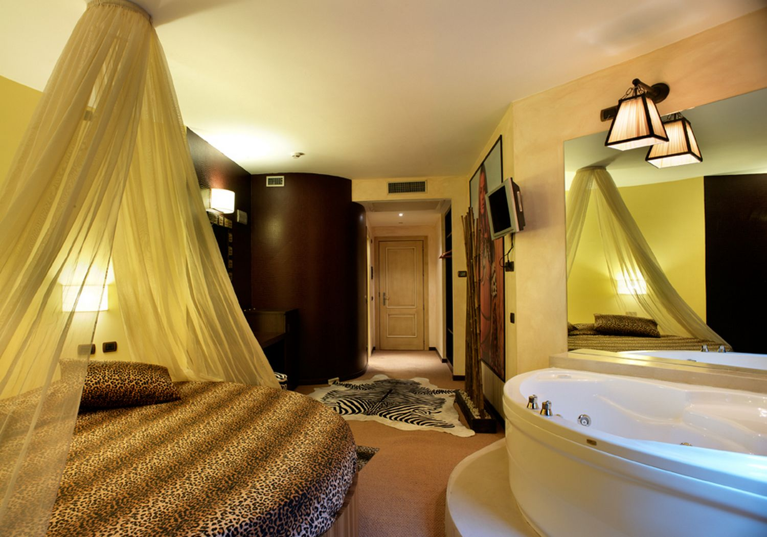 Suite Con Spa In Camera Roma